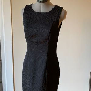 4/$20 H&M black sheen pattern dress US Size 8
